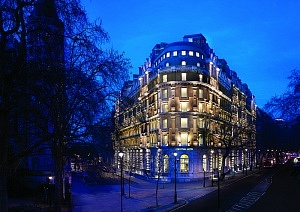 Twilight Exterior Corinthia Hotel London - Copy